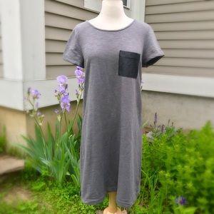 Gap contrast pocket dress EUC